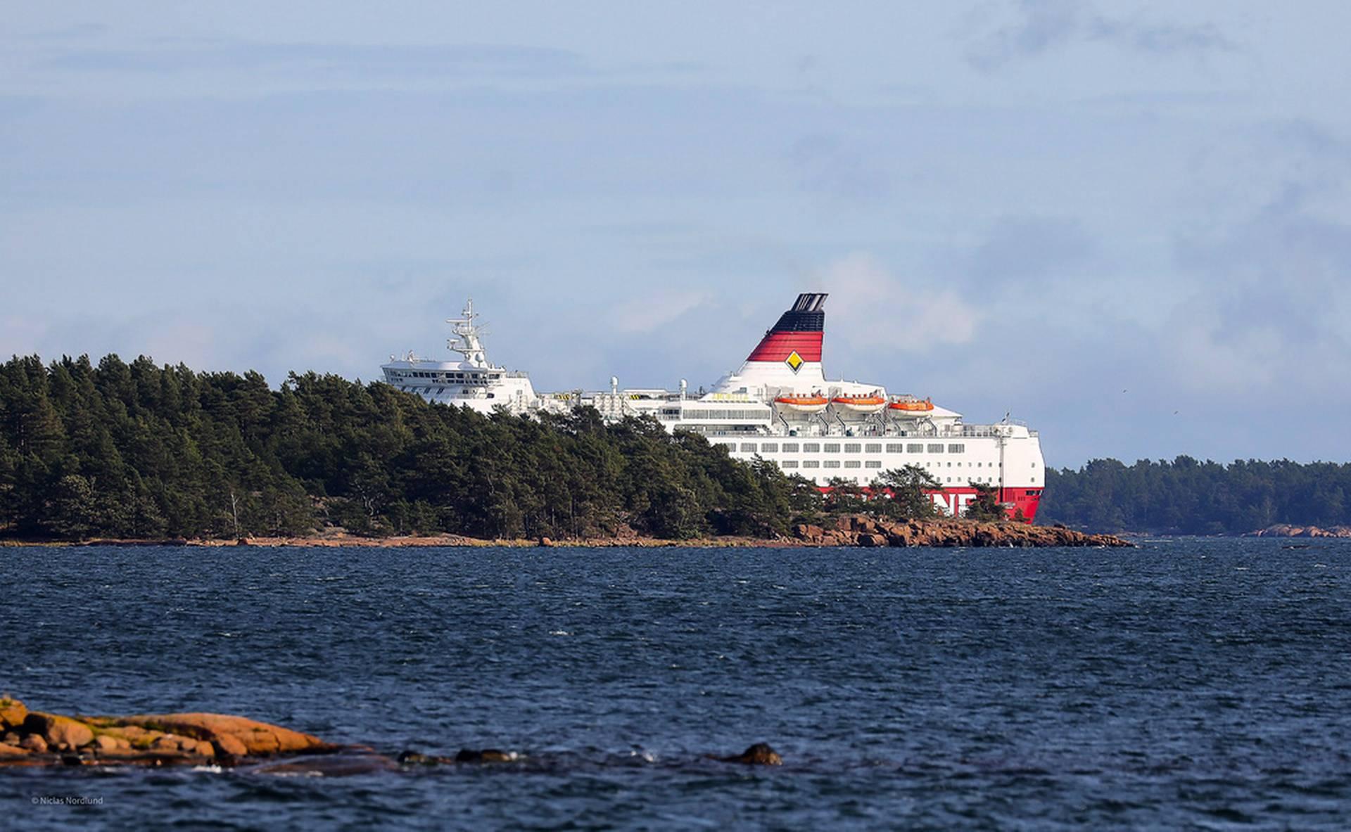 Amorella ran aground – technical error was behind
