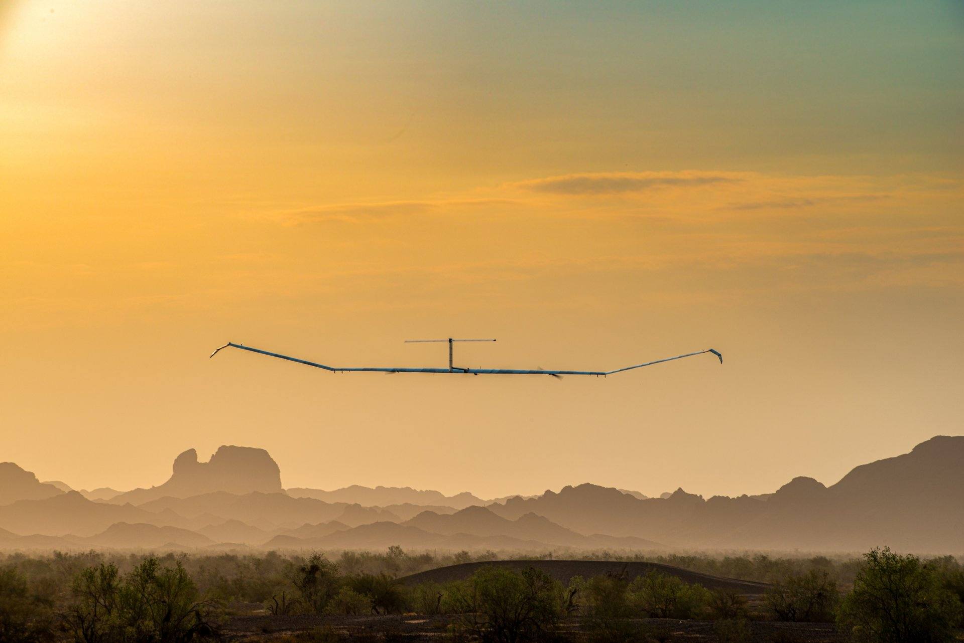 The drone Zephyr stayed flying for 18 days – with solar energy